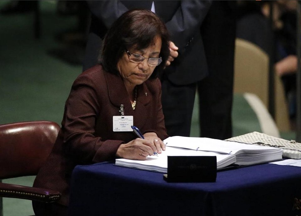 Marshall Islands President Hilda Heine.jpg